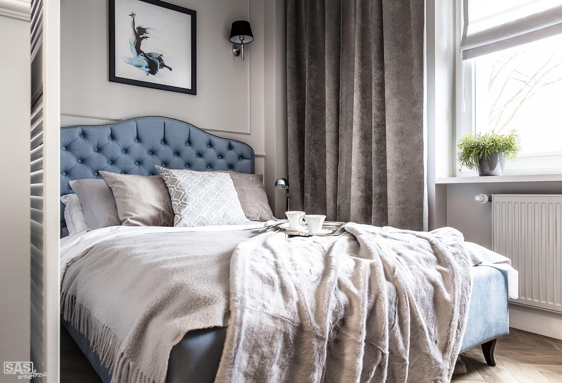 Aranżacja sypialni w mieszkaniu w kamienicy - projekt architekt wnętrz Emilia Strzempek Plasun.
