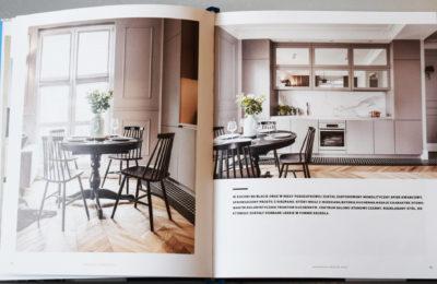 Publikacja aranżacji mieszkania w kamienicy w czasopismie branżowym - SAS Wnętrza i Kuchnie.