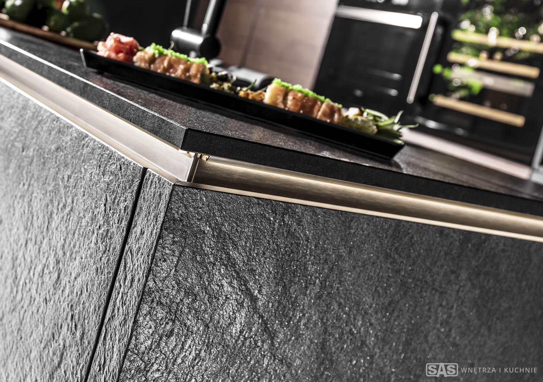 Meble kuchenne Black Star - granitowe fronty - meble kuchenne SAS Wnętrza i Kuchnia, projekt architekt wnętrz Emilia Strzempek Plasun.