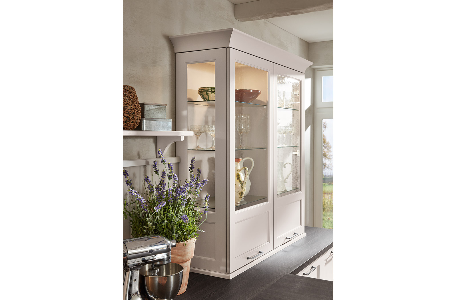 Meble kuchenne Satin - witryna - oferta SAS Wnętrza i Kuchnie - Meble Kuchenne i Projektowanie wnętrz.