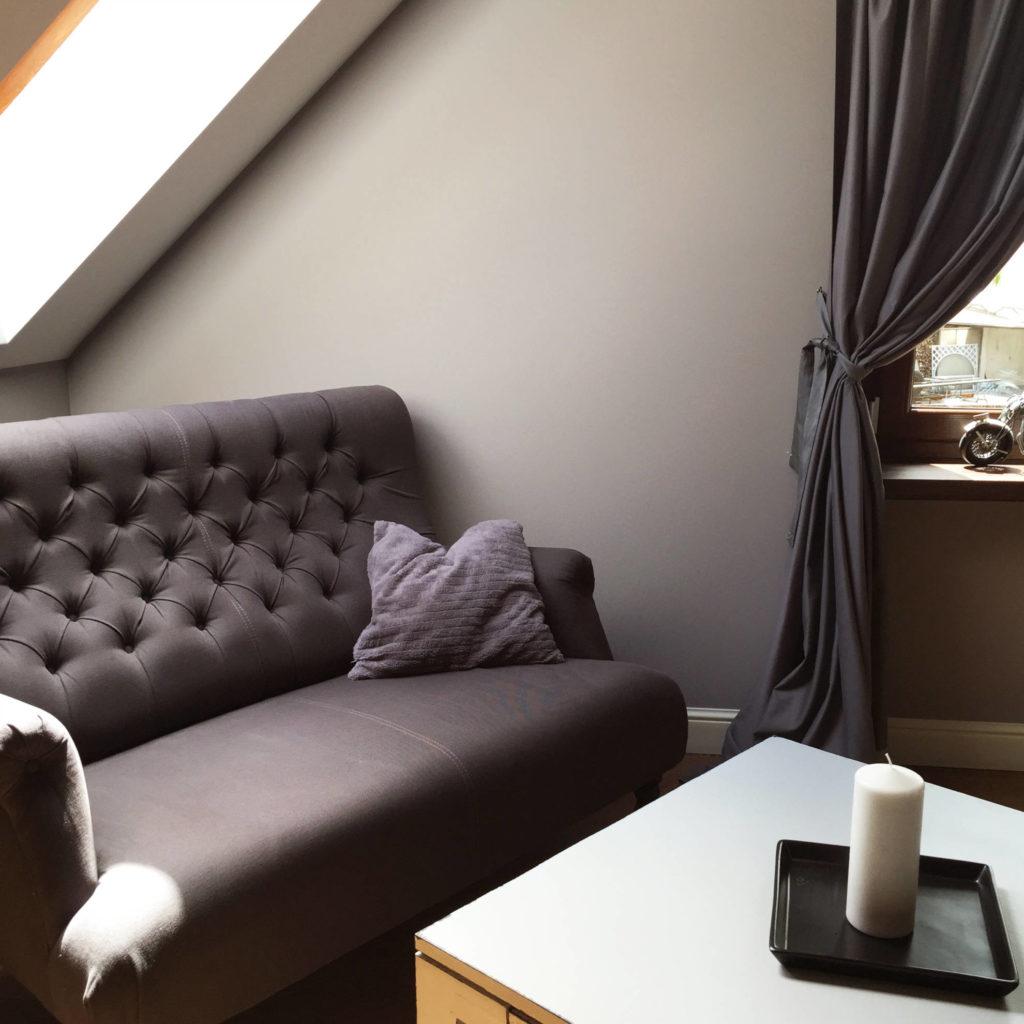 Pokój gościnny w domu jednorodzinnym - projekt architekt wnętrz Emilia Strzempek Plasun.