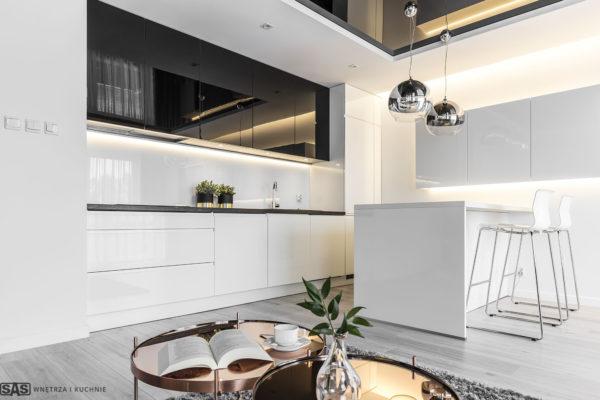 Meble kuchenne w wykonaniu firmy SAS Wnętrza i Kuchnie. Projekt architekt wnętrz Emilia Strzempek Plasun.